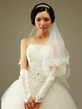 High-Grade Hollow Out Floral Wedding Gloves