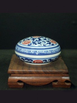 Exquisite Red Floral Style Seal Ink Container