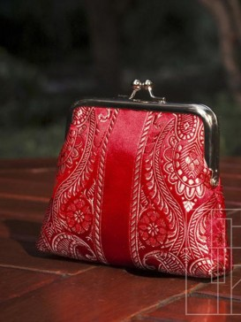 Fashionable High-Grade Silk Purse--Red Floral