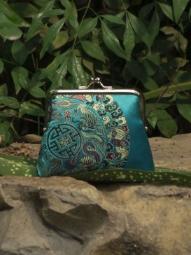 Oriental Blue Floral Pattern Silk Purse