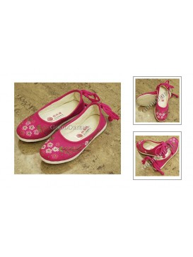 Fuchsia Embroidered Hand-woven Cloth Shoes