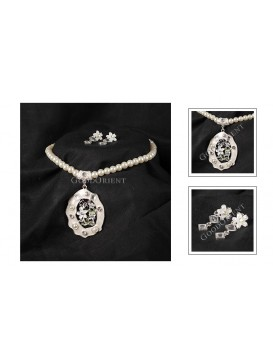 Pearl Lily Necklace & Earrings Set
