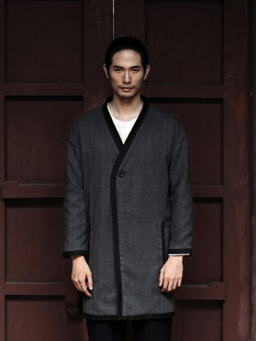 Distinctive Grey Color Chinese Clothing
