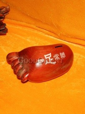 Vivid and Lovely Foot image Wooden Money-Pot
